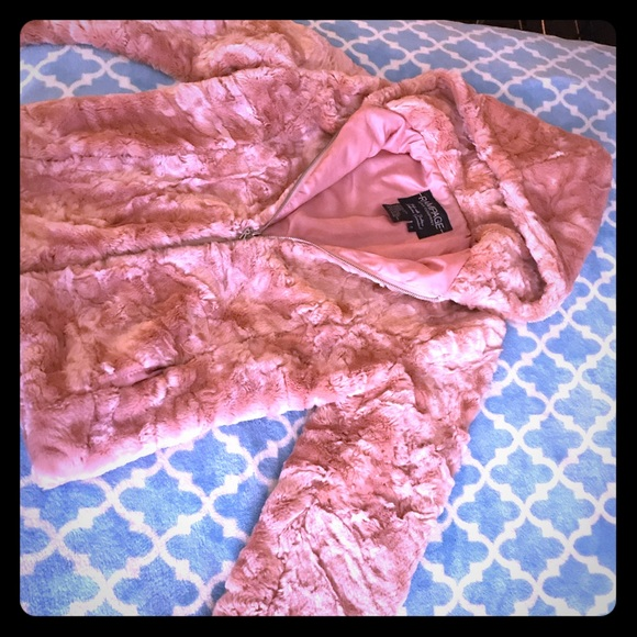 Rampage Jackets & Blazers - Vintage Rampage light pink faux fur coat